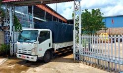Ban Thường vụ Hội Liên hiệp phụ nữ Việt Nam tỉnh Bến Tre đã trực tiếp hỗ trợ những chuyến xe đầy nghĩa tình